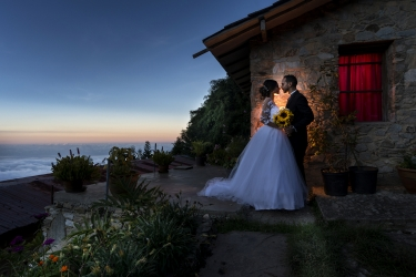 Amazing scene from a wedding day captured by Olaf Morros
