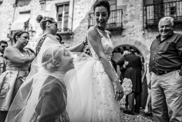 Amazing scene from a wedding day captured by Ana Mira
