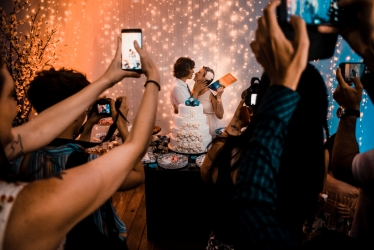 Amazing scene from a wedding day captured by Thiago Gimenes
